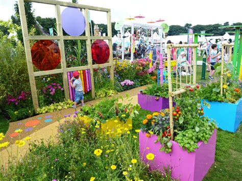 Sensory Garden Ideas 23 Best Images About Landscape Sensory Gardens On Pinterest Gardens Water Play And A Child