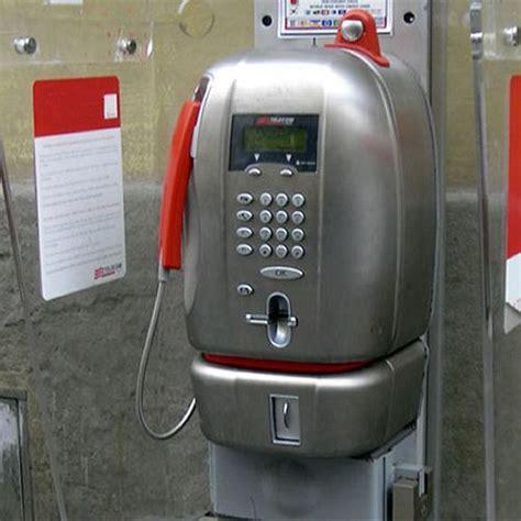 vecchie cabine telefoniche secondo agcom le vecchie cabine telefoniche devono evolvere