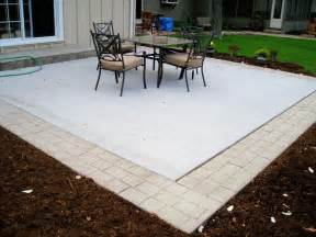 concrete patio with border something similar to this would be for our house spice it up a