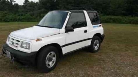geo metro lsi convertible 2 door 1993, the price is $1500