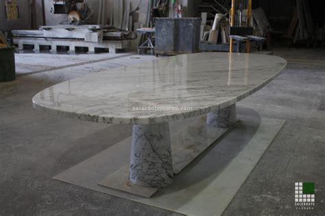 tavoli in marmo camini e tavoli in marmo sacerdote marmi carrara