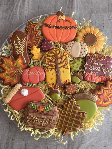 thanksgiving decorated cookies 399 best images about cookies on pinterest valentine