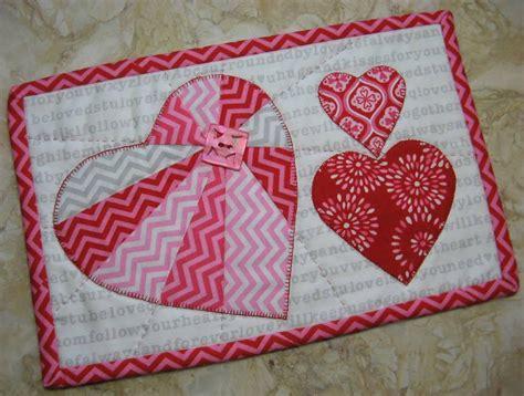 mug rug patterns heartthrob mug rug by 2strings quilting pattern