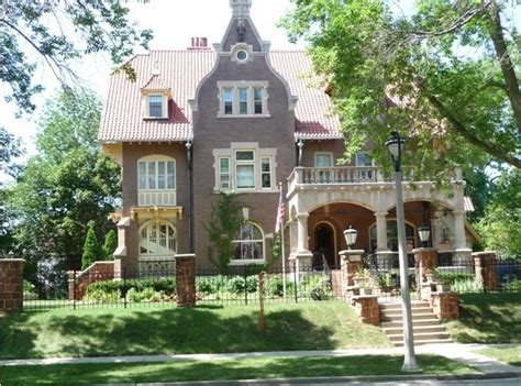 historical mansion for sale in milwaukee 2611 n terrace