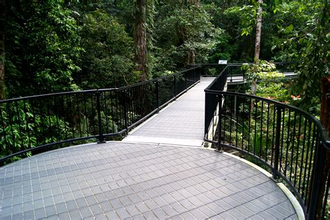 boardwalks replas recycled plastic products