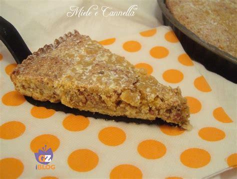 la cucina italiana ricette d oro crostata alle mandorle miele e cannella