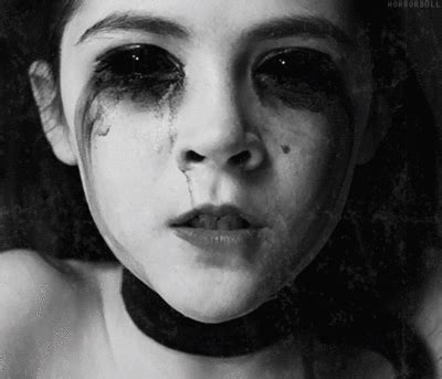 film orphan come finisce demon orphan gif find share on giphy