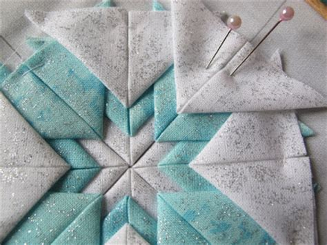 Somerset Patchwork Tutorial - guest tutorial janet s somerset folded card decoration
