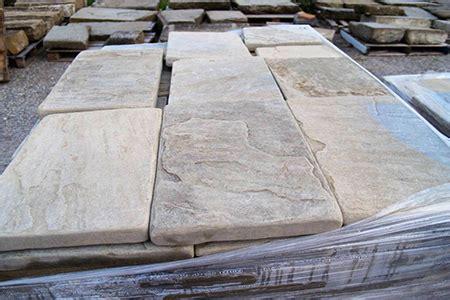 pavimenti in pietra arenaria pavimentazione arenaria pavimenti in arenaria