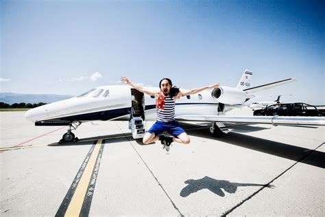 steve aoki zero gravity be an actual dancing astronaut at the world s first zero