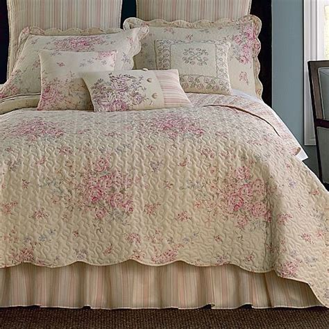 jcpenney bedding quilts giselle coverlet set more jcpenney bedspread and comforters p