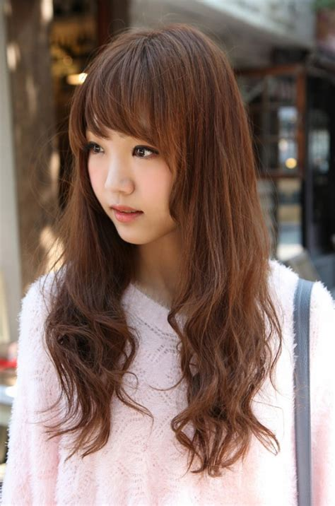 what type of hairstyles are they wearing in 14 prettiest asian hairstyles with bangs for the sassy