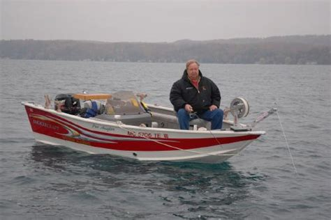 small fishing boat anchors deep v s boats over 16 with anchors less than 30 lbs