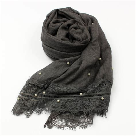 Pearl Scarf soft scarf with pearl details