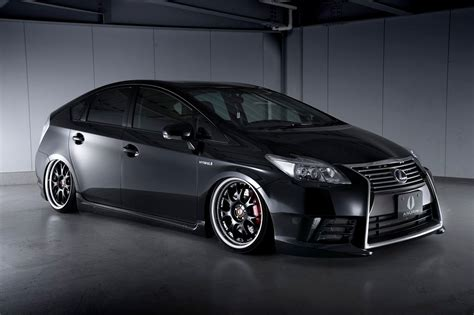 prius lexus body kit aimgain kit transforms toyota prius into lexus autoevolution