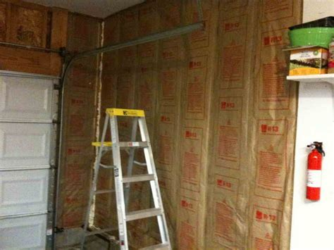 How To Insulate An Attached Garage by How To Repair Insulating A Garage How To Insulate Garage Door Garage Insulation Insulate