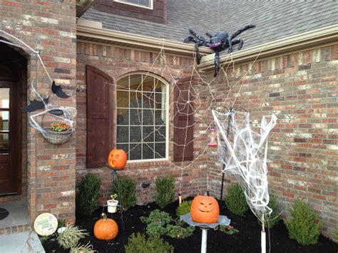 outdoor decoration ideas outdoor halloween decorations weneedfun
