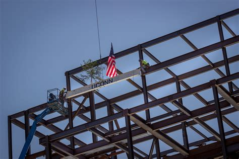 Engineering Mba Connecticut by Uconn Marks Construction Milestone For New Engineering