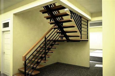 tangga baja kecil minimalis interior rumah