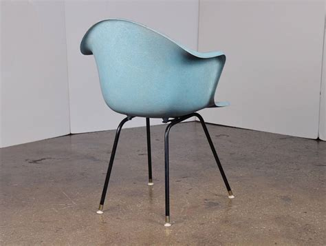Fiberglass Furniture by Vintage Molded Fiberglass Chair At 1stdibs