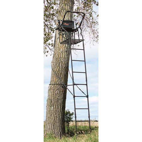 big game 174 titan 16 tree stand 137865 ladder tree