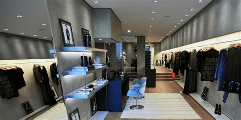 decoracion de tiendas de ropa modernas decoraci 243 n interior tienda de ropa moda