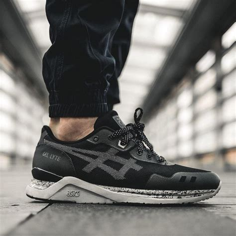 Sepatu Asics Gel Lyte Iii Black 52 best images about sneakers asics gel lyte evo on