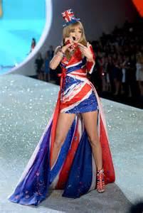 vs fashion show song list 2013 taylor swift 2013 vs fashion show 36 gotceleb