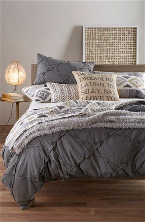 bedroom with gray bedding 25 best ideas about gray bedding on pinterest classic spare bedroom furniture