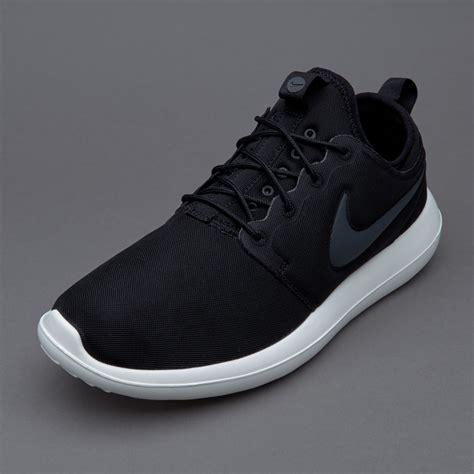Sepatu Merk Nike Original sepatu sneakers nike sportswear roshe two black