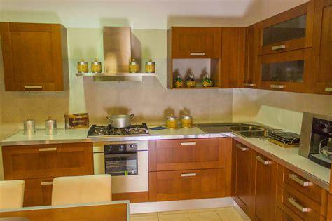 offerta veneta cucine veneta cucine cucina california colore ciliegio scontato