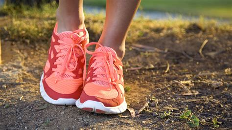 are running shoes for working out when to buy new running shoes health