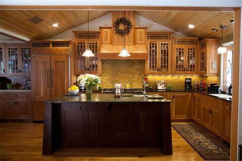arts and crafts kitchen cabinets craftsman style kitchen cabinets arts crafts cherry