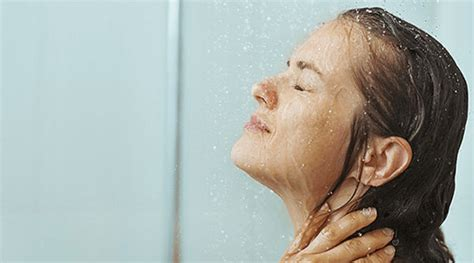 Cold Or Shower Shower With Cold Water Or Water Healthncure Org