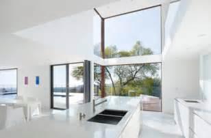 modern beach house interior decor iroonie com realestate green designs house designs gallery beautiful