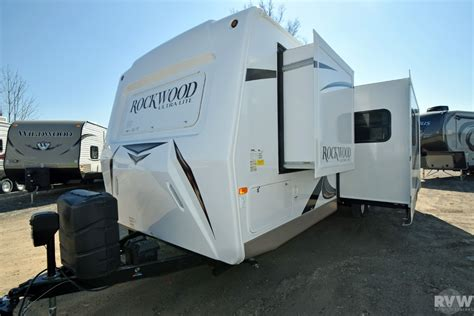 rockwood ultra lite travel trailer by forest river 2016 forest river rockwood ultra lite 2702ws travel
