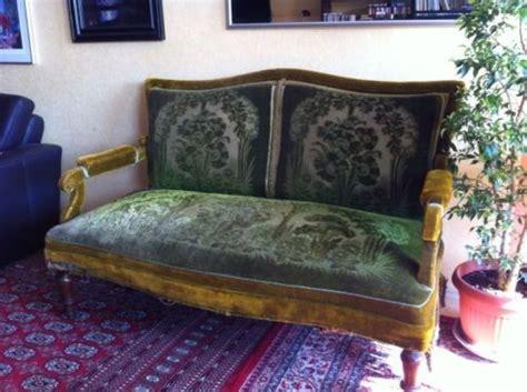 sofa blumenmuster 220 ber 1 000 ideen zu antik sofa auf salontisch