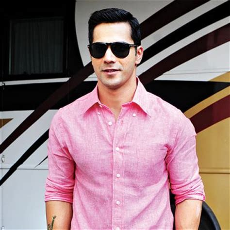 biography varun dhawan varun dhawan height weight age biceps size body stats