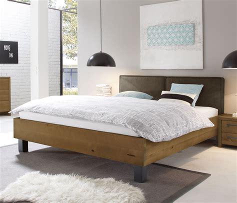Hohe Betten 140x200 by Bett In Vollholz Buche In Z B 140x200 Cm Tonala