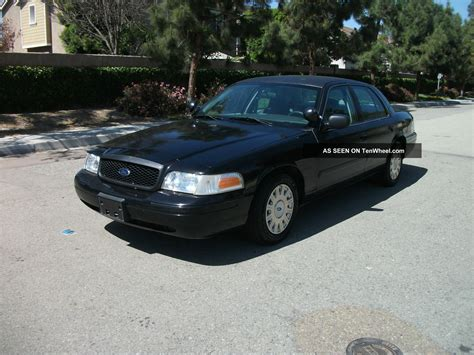 2005 Ford Crown Victoria Police Interceptor Owners Manual