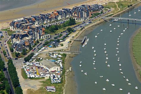 boat club contact number cabourg yacht club marina in cabourg france marina