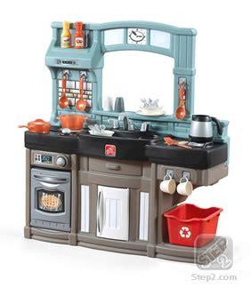 Best Play Kitchen by Best Chef S Kitchen Play Kitchen Step2