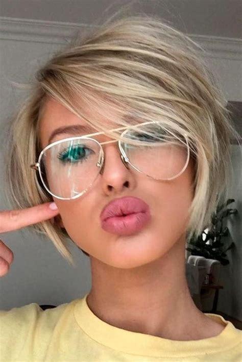 face  glasses hairstyle les baux de provence