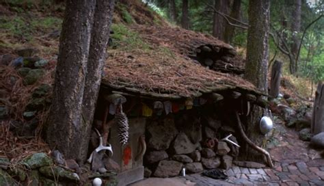 The Underground, Hidden House That Cost Only $100 To Build