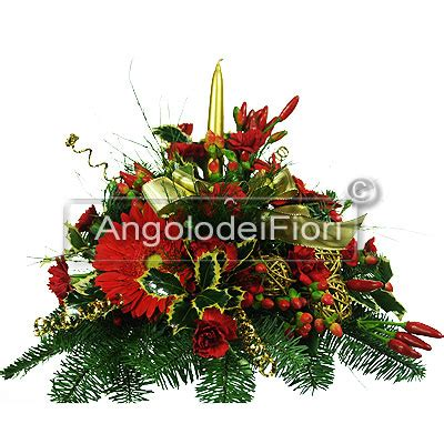 centrotavola natalizio con candela centrotavola natalizio ordina il tuo centrotavola