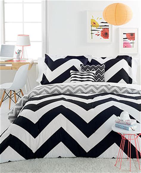 chevron black 4 piece twin comforter set bed in a bag