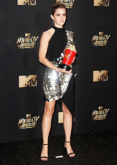 emma watson at 2017 mtv movie tv awards in la celebzz emma watson picture 328 2017 mtv movie and tv awards