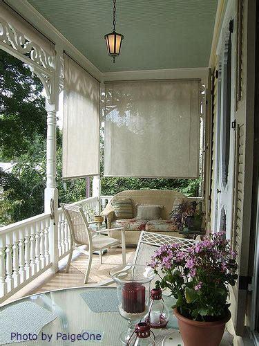 decorating a porch that faces west
