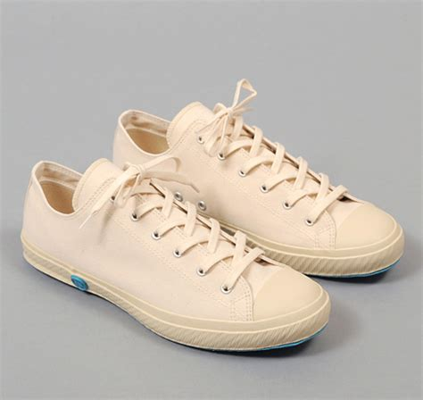 low top vulcanized sneakers white canvas hickoree s