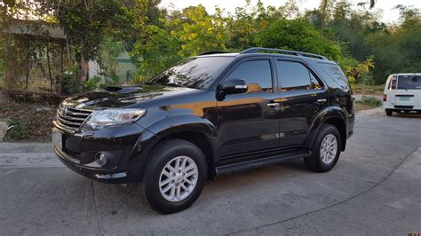 the gallery for gt toyota fortuner black 2013